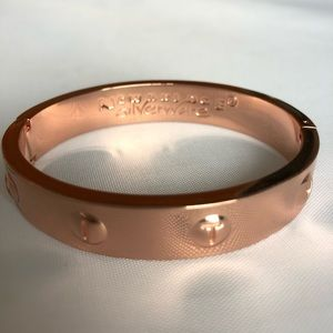 d3a77e9f71271 Newbridge Silverware Jewelry - Newbridge Silverware Rose Gold Bangle  Bracelet